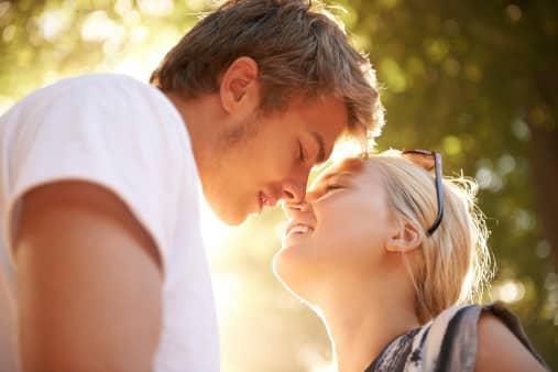 ציפיות לגבי היכרויות ומציאת אהבה